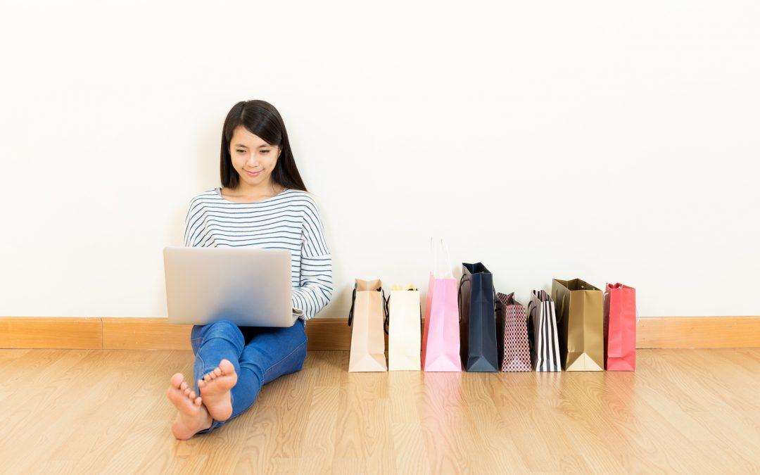 Przeglądanie produktów w sieci sprawia, że kupujemy chętniej